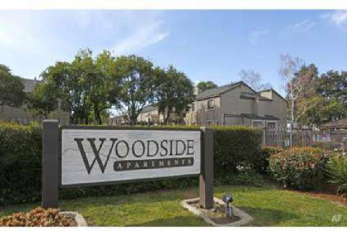 1 Bed - Woodside Apartments