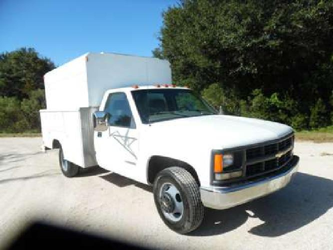 2000 Chevrolet 3500 DRW UTILITY WALK IN