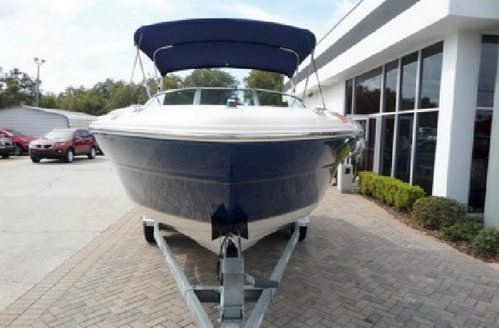 2000 Sea Ray 210 Signature Boat