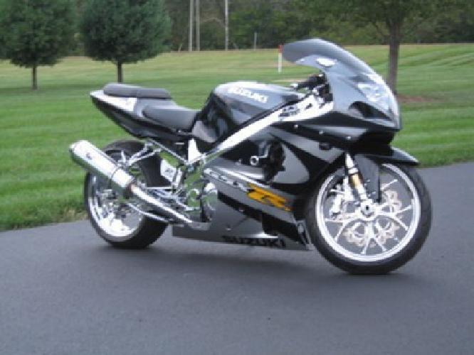 Custom Black Suzuki Gsxr