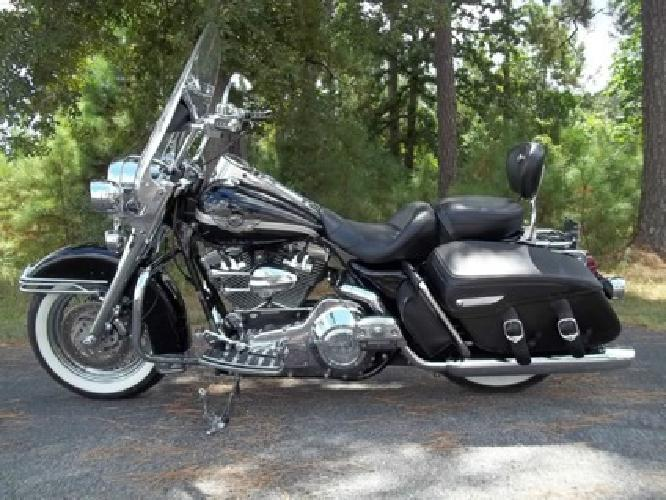 2003 Harley Davidson Road King Classic 100th Anniversary