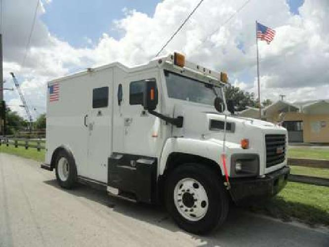 2004 GMC C6500 Griffin Armored Cash in Transit Trucks