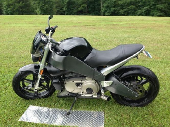 2005 Buell XB 12s Lightning
