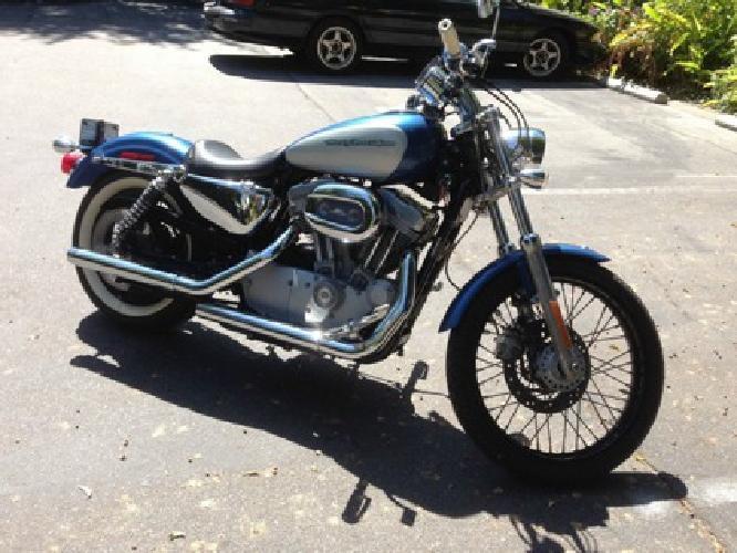 2005 Harley Davidson Sportster Custom 883