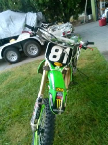 2006 Kawasaki Super Motocross Dirt Bike
