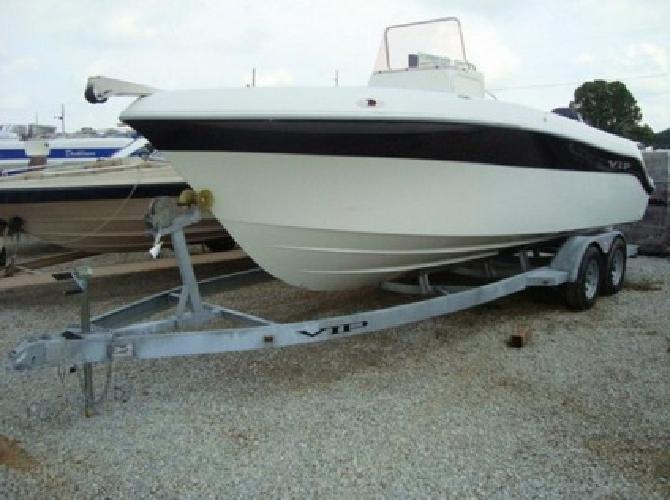 2008 Vip 22ft Ctr Console Boat