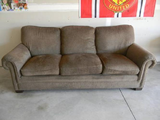 200 Beautiful Living Room Couch Sage Green For Sale In Brooklyn Park Minnesota Classified