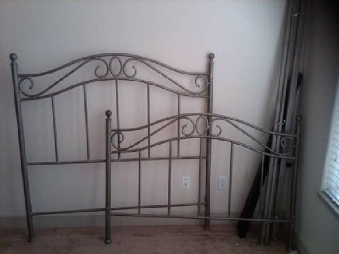 200 bombay company bedroom set for sale in sacramento