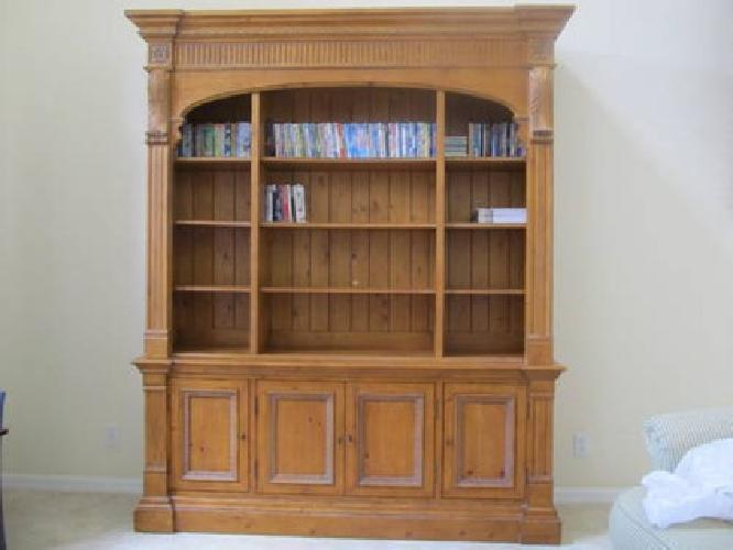 200 Ethan Allen Library Bookcase Townhouse Collection