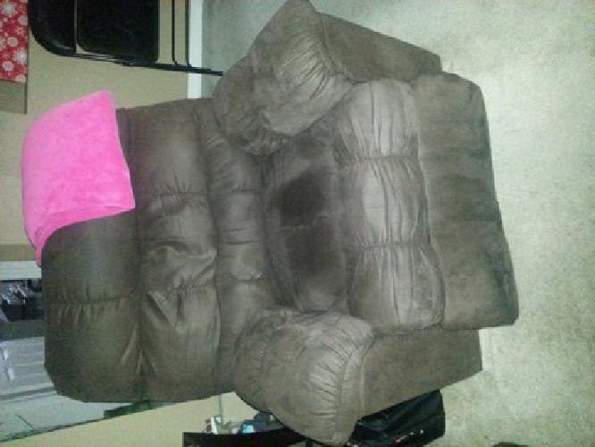 $200 Lazy Boy Recliner - Brown