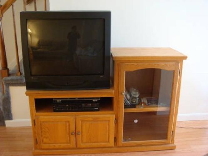 $200 Oak T.V./Entertainment stand