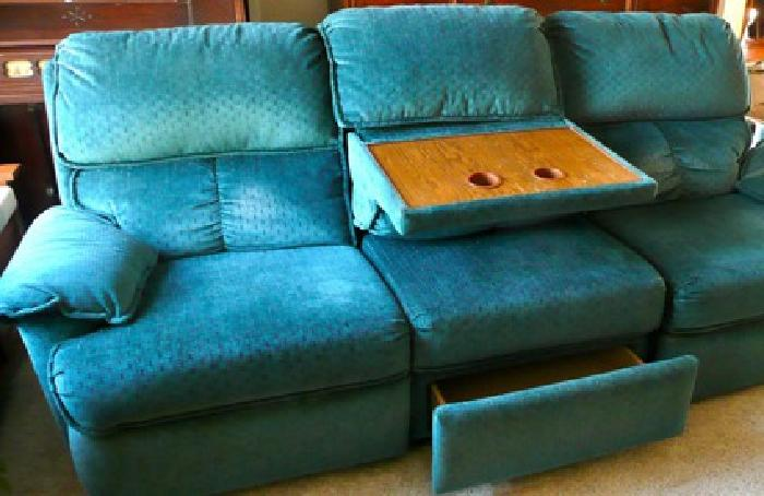 $200 OBO Lane sofa couch double recliner