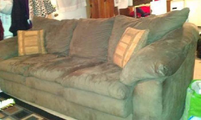 $200 sage green microfiber couch 6 ft long excellent condition