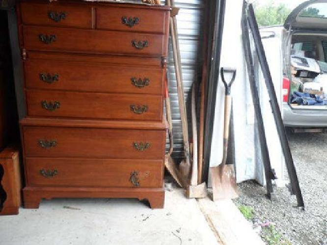200 Winooski Vermont Solid Rock Dresser For Sale In