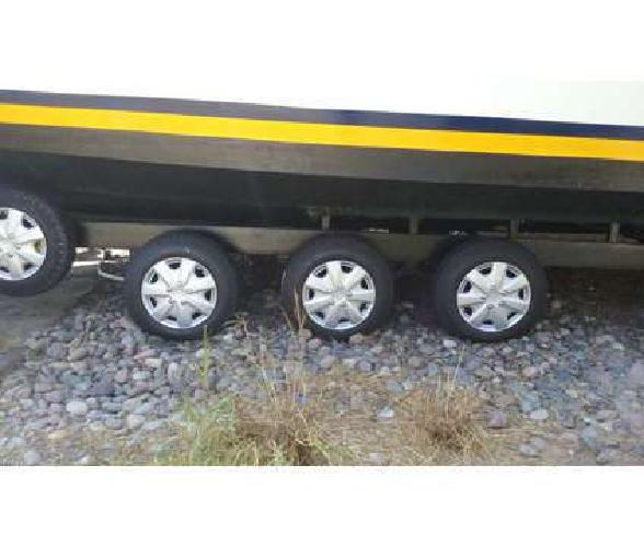 2010 BOAT TRAILER HOMEM WITH Triple Axle HEAVY DUTY
