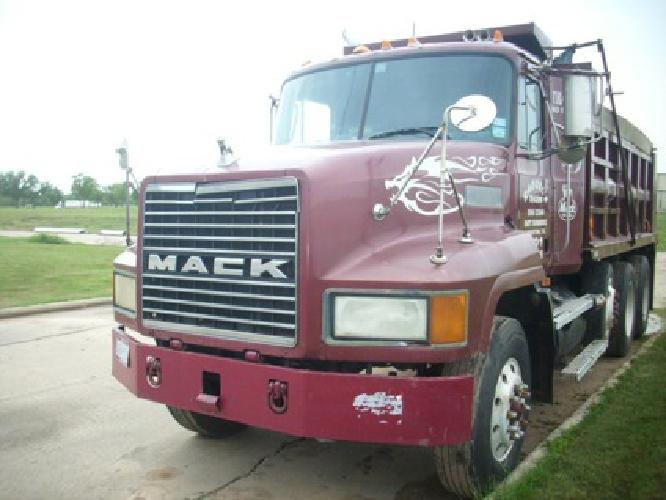 20 000 obo mack 3 axle dump truck for sale in houston texas classified. Black Bedroom Furniture Sets. Home Design Ideas