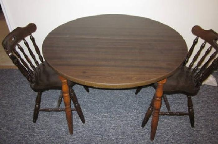 20 dark brown round kitchen table for sale in wilmington delaware
