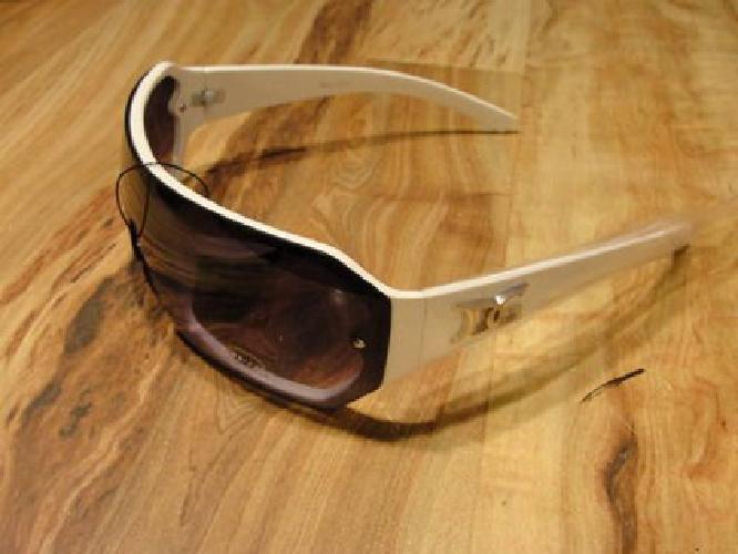 $20 DG authentic sunglasses man and women