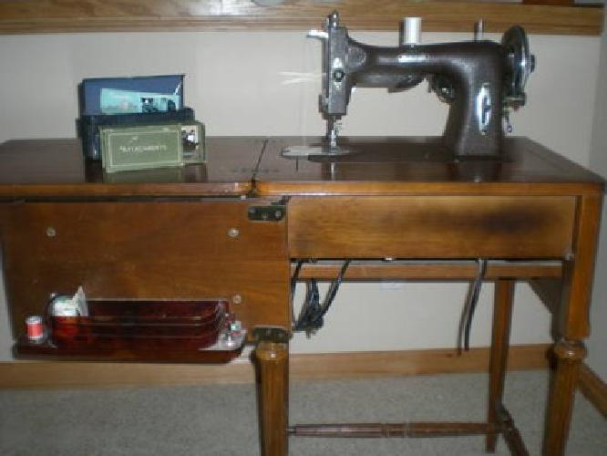 40 White Rotary Sewing Machine Model 40 In Cabinet For Sale In Enchanting White Sewing Machine For Sale