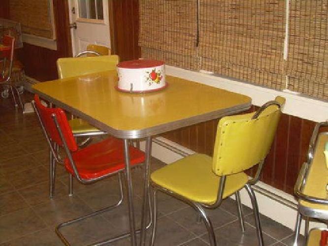 211 vintage yellow formica kitchen table w 3 chairs for sale in