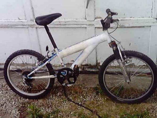 4279220701 as well L Aransas Pass Tx additionally Pressure Washer Parts Phoenix Az furthermore 21single Speed Bicycle Dual Suspension Boys White 20 Inch 43228 19601919 moreover August 10 Driving To Waterton Canada. on gps for sale craigslist