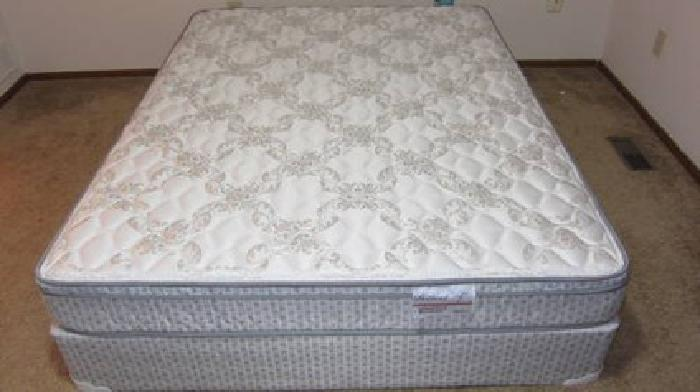 220 mattress hampton u0026 rhodes pillow top queen size mattress u0026 box