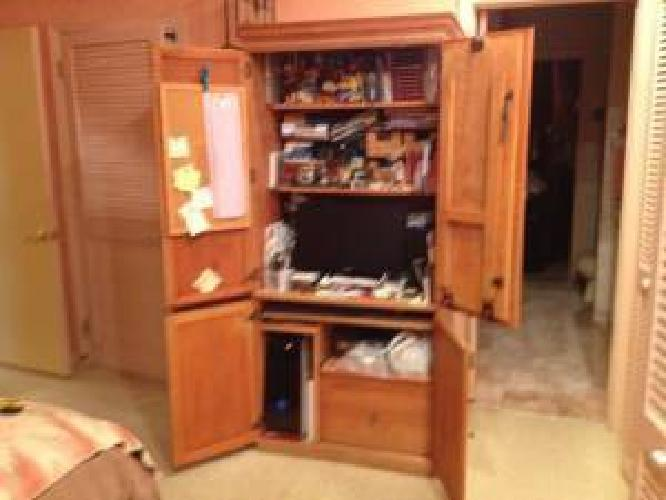 220 Solid Wood Computer Armoire W Fold Down Table For
