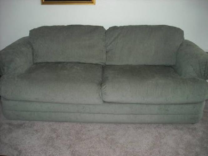 225 dusty green 8 39 sealy sofa in pristine condition for for Furniture 89014