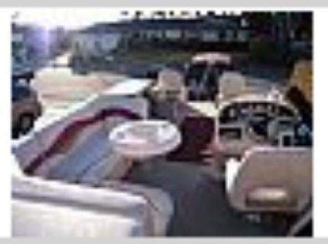 $22,000 2007 Sweetwater Pontoon Boat