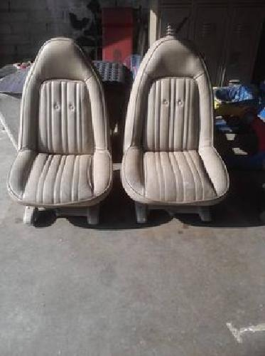 250 1973 1977 Chevy Monte Carlo Swivel Bucket Seats For