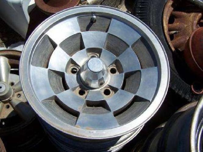 "Chevy Bolt Pattern >> $250 1986-88 Chevy Monte Carlo LS 14"" Checkerboard Rims GM ..."
