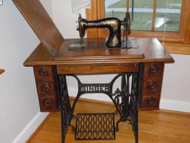 40 Antique Singer Treadle Sewing Machine Circa 4040 For Stunning 1910 Singer Sewing Machine For Sale