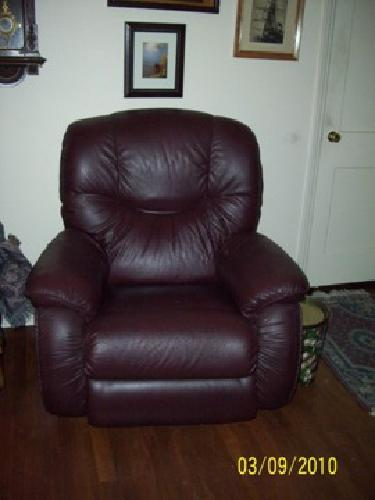 250 Burgundy Leather Lazy Boy Chair For Sale In Denver