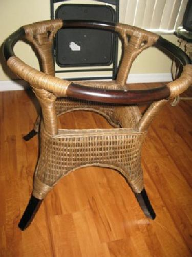 250 Cindy Crawford Wicker Glass Dining Table For Sale In Sanford Florida Classified