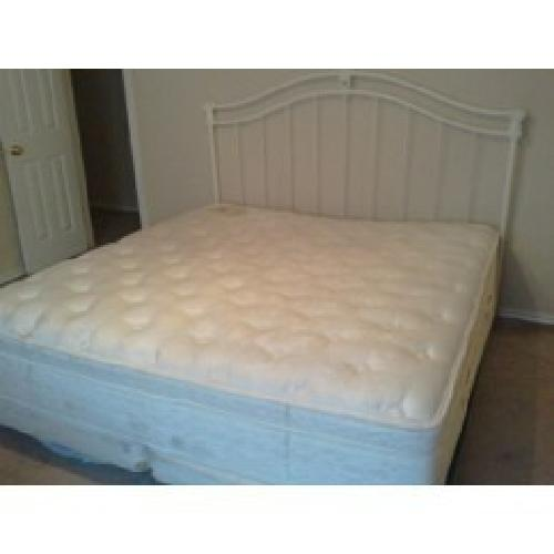 $250 king size bed for sale in Dallas Texas Classified