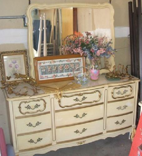 250 OBO French Provincial Bedroom Set With Twin Canopy