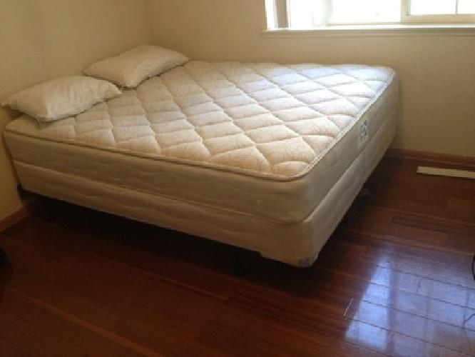 """Cheapest Queen Size 8"""" Memory Foam Mattress With Jacquard Top Online"""
