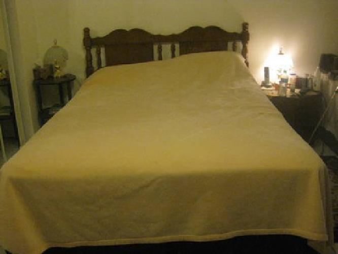 $250 QUEEN Size Bed w Mattress & Box Spring Frame USED