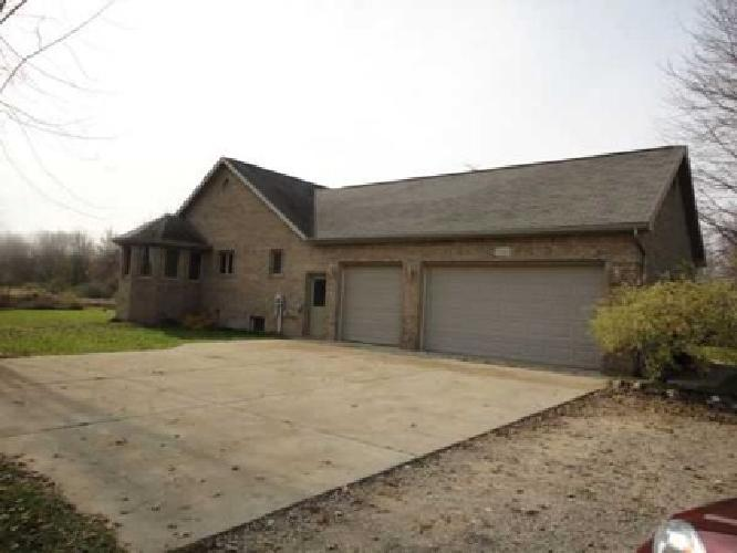 $259,900 Hunter's Paradise for him, beautiful home for her! (Clifford