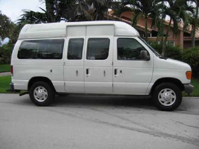 25 000 commercial 10 passenger wheelchair accessible van for Wheelchair accessible homes for sale in florida