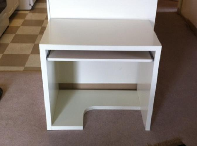 $25 All White IKEA Desk