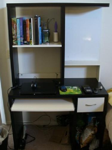 $25 IKEA Micke Desk with Hutch for sale in La Jolla, California Classified | ShowMeTheAd.com