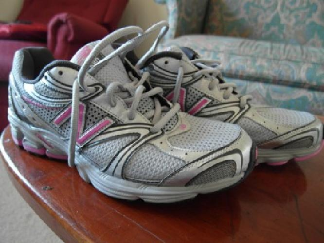 $25 New balance shoe (new)