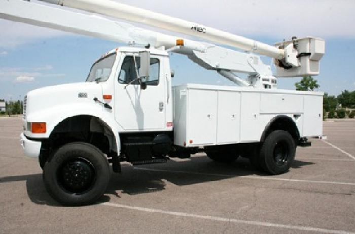 international 4700 4x4 bucket truck for sale in denver colorado classified. Black Bedroom Furniture Sets. Home Design Ideas
