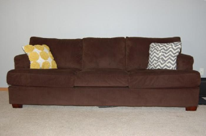 275 obo dark brown corduroy sofa couch mint condition for Brown corduroy couch