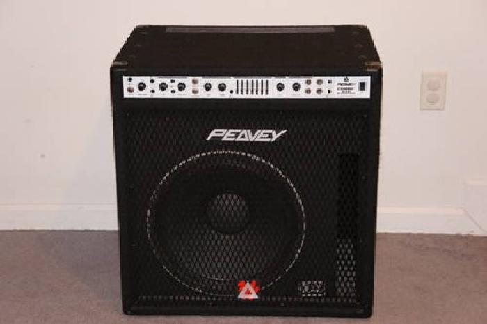 275 peavey combo 115 bass amp w 15 black widow speaker like new for sale in fenton. Black Bedroom Furniture Sets. Home Design Ideas