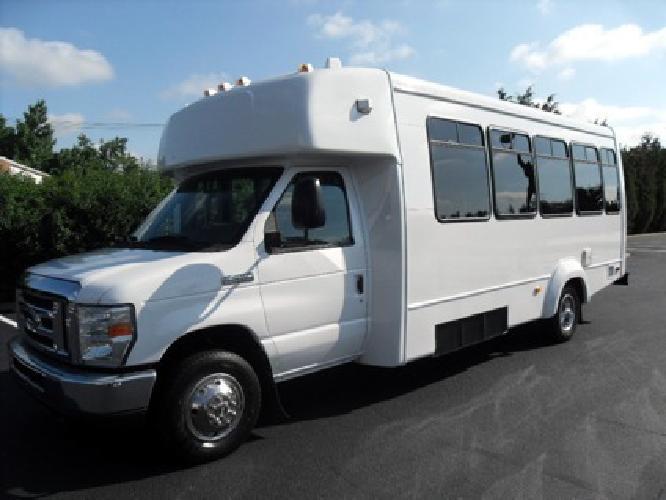 27 500 16 passenger 2008 ford e 450 wheelchair shuttle for Handicap mobile homes for sale
