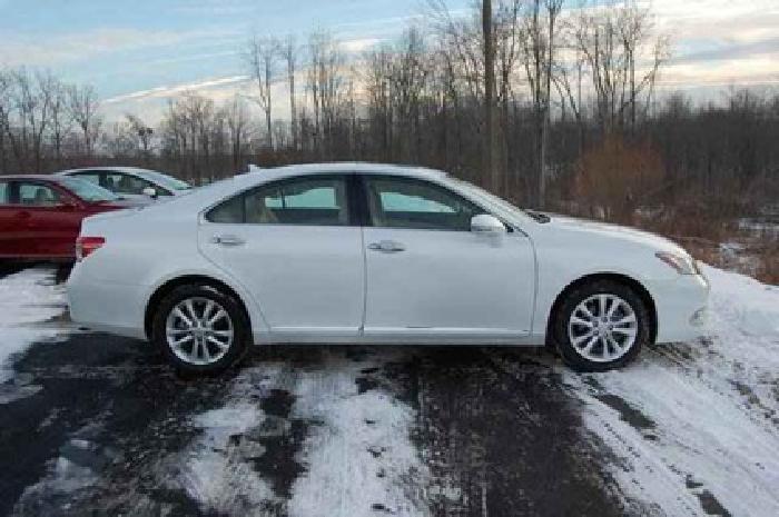 $27,903 2011 Lexus ES 350 350