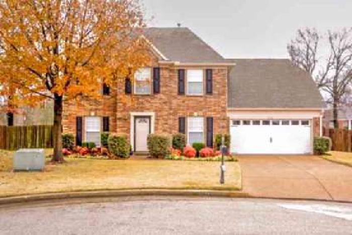 2802 Hidden Falls Cv Memphis, Beautiful Three BR + 2.5 BA Home