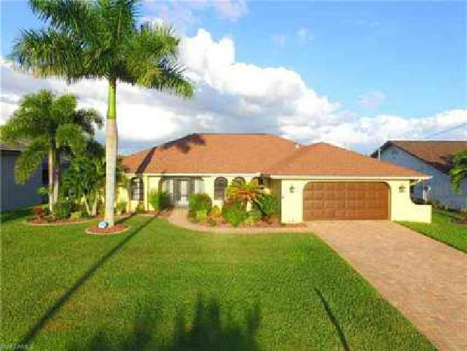 2805 SW 29th AVE Cape Coral Three BR, Welcome Home!